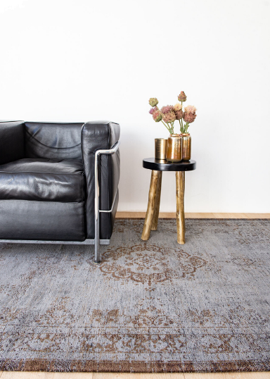 Vintage carpets & rugs